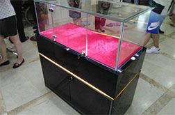 beplay体育客户端下载展厅展柜设计制作
